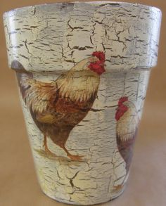 The backyard rooster motive flower pot