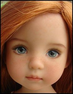 Look at that sweet freckled red-headed doll face!Doll Ooak Painted By Dianna EffnerA Dianna Effner Little Darling sculpt painted by Joyce Mathews .Cannot believe these are polymer clay! Clay Dolls, Reborn Dolls, Blythe Dolls, Dolls Dolls, Doll Eyes, Doll Face, Pretty Dolls, Beautiful Dolls, Realistic Dolls