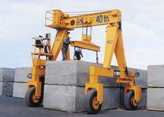 Instalación de pórtico industrial automotor GH Cranes & Components de 40t para el sector manipulación de piedra.