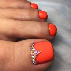 Amazing Toe Nail Colors To Choose For Next Season Pedicure Colors, Pedicure Designs, Toe Nail Designs, Nail Colors, Nails Design, Orange Toe Nails, Black Toe Nails, Bright Toe Nails, Best Toe Nail Color