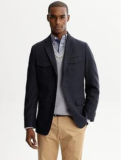 Great conservative look that mixes textures, pattern and contrasting color. Pair with jeans for after work.
