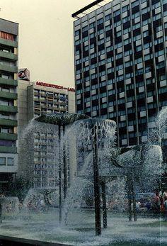 Dresden in lovely ORWO colour (just)  Moskwitsch u Lada Werbung. Pragerstraße 1988