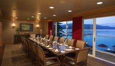 Meeting space- The Narrows Private Dining Room at Shore Lodge