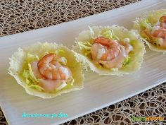 Finger Food Appetizers, Holiday Appetizers, Finger Foods, Appetizer Recipes, Italian Buffet, Zucchini Pizza Bites, Antipasto, Fish And Seafood, Creative Food