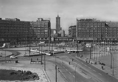 Postcard of Alexanderplatz, Berlin-mitte, East Germany, 1966, photographer unknown, published by Dick-Foto-Verlag.