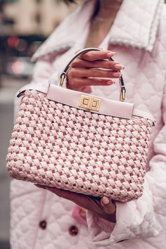 Obsessed with this woven leather pink Fendi bag! The prettiest shade of pink and love the gold details. Always been a fan of the peekaboo so I can't get enough of this handbag! Coach Handbags, Louis Vuitton Handbags, Ysl, Viva Luxury, Pink Quilts, Fendi Bags, My Bags, Cross Body Handbags, White Leather
