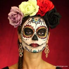 Classic Dia de Los Muertos – Celebrate Day of the Dead With These Sugar Skull Makeup Ideas – Photos Loading. Classic Dia de Los Muertos – Celebrate Day of the Dead With These Sugar Skull Makeup Ideas – Photos Halloween Makeup Sugar Skull, Sugar Skull Makeup, Skeleton Makeup, Sugar Skull Costume, Skull Face Makeup, Sugar Skull Face Paint, Catrina Costume, Costume Makeup, Party Makeup