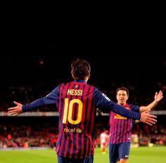 Messi and Xavi FC Barcelona 693e087e4