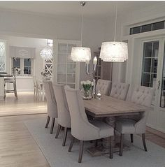 Dining Room Design Love the table and chairs - Esszimmer , Using Mir Dream Dining Room, Dining Room Design, Farmhouse Dining Room, Dining Room Inspiration, Dining Table Chairs, Dining Room Table Decor, Home Decor, House Interior, Modern Dining Room