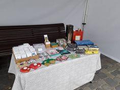 Încă o zi în care ne găsiți în Piața Sfântul Ioan. Vă așteptăm cu drag!  #madeinBrasov #handmade #targhandmade #cadourihandmade Craft Fairs, Crafts, Manualidades, Handmade Crafts, Craft, Arts And Crafts, Artesanato, Handicraft