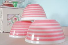 Pretty Pink Pyrex bowls....vintage pink   I have one medium bowl in this pattern given to me my late mother.