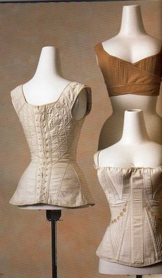 Mademoiselle R. 1800s Fashion, 19th Century Fashion, Vintage Fashion, Corset Vintage, Vintage Lingerie, Vintage Outfits, Vintage Dresses, Historical Costume, Historical Clothing