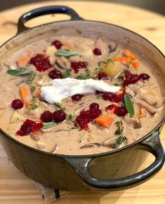 VILTGRYTE — A Vegan Hunter's Stew | Arctic Grub Deer Stew, Dinner With Mushrooms, Hunters Stew, Venison Stew, Mushroom Stock, Stuffed Mushrooms, Stuffed Peppers, All Vegetables