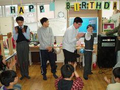 아름다운반 김현민 학생 생일파티입니다~!!        작성일 : 10-03-29 10:15
