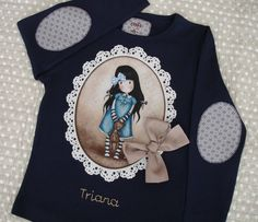 Camiseta Triana 1 Patchwork Baby, Shirt Refashion, Sewing For Kids, Baby Patterns, Kids Wear, Kids And Parenting, Shirts For Girls, Sewing Crafts, Kids Outfits