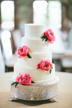 #wedding #cake #peonies | Photography by loftphotographie.com |  Event Coordination by coordinatethis.com |  Cake by http://www.classiccakesbylori.com |   Read more - http://www.stylemepretty.com/2013/07/16/austin-wedding-from-loft-photographie/