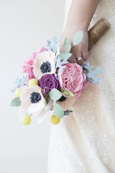 DIY - How to make a felt bouquet!