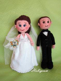 Amigurumi bride and groom