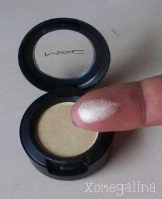 makeup highlighting, brow bone, eyeshadow, inner corner, highlighters makeup