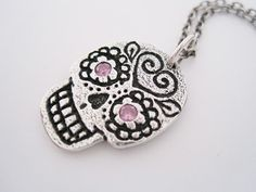 Sugar skull necklace. LOOOVE this.