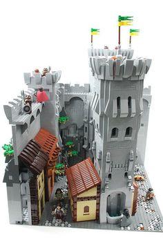 Citadel Tower #castle #tower #citadel #moc http://ift.tt/1zAGDjC