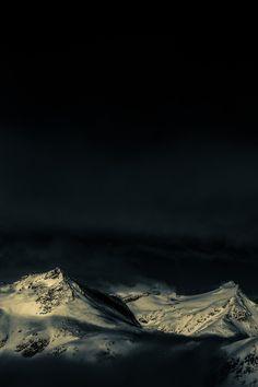 Mölltaler glacier in Carinthia - Austria ; Stratus MMM  Stratuswolken auf 3000m über N.N. rund um den Mölltaler Gletscher