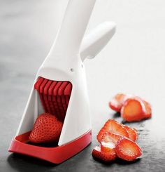 The Strawberry Slicester™ from Chef'n is the ultimate gadget for anyone who loves all things strawberry. Stainless steel blades and one handed design.