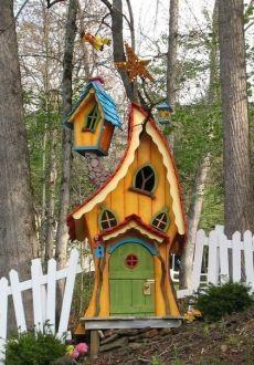 70 Trendy Diy Garden Art For Kids Fairy Houses Fairy Tree, Fairy Garden Houses, Fairies Garden, Fairy Gardens, Gnome House, Fairy Doors, Play Houses, Tree Houses, Yard Art