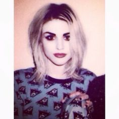 frances bean cobain- My friend shyanne looks like her in this picture.