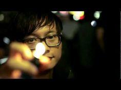 """O-Flow aka Busenhalter aka BH präsentiert euch in einem Splittrack gleich zwei neue Tracks aus seiner """"Köln-Süd"""" EP die er 2012 auf ENTBS veröffentlicht hat. Das Video wurde von Lighthouse-Film produziert."""