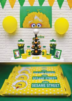 Creative Sesame Street Kids Birthday Party with a lamp post cupcake display, big bird crossing sign & Abby Cadabby's alphabet matching game. Bird Birthday Parties, Elmo Birthday, Birthday Ideas, Girl Birthday, Seasame Street Party, Sesame Street Birthday, Elmo Plaza Sesamo, Big Bird Sesame Street, Elmo And Friends