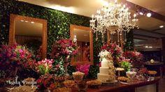 casa petra casamento Casa Petra, Christmas Tree, Table Decorations, Holiday Decor, Home Decor, Holiday Decorating, Valentines Day Weddings, Houses, Teal Christmas Tree