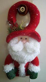 the best ideas to make a Christmas santa for the door ~ Do Manualidade . Christmas Fair Ideas, Elf Christmas Decorations, Christmas Party Themes, Felt Decorations, Felt Christmas Ornaments, Christmas Wreaths, Holiday Decor, Frozen Christmas, Christmas Elf