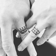 small ring tattoo ideas for women. Unique ring tattoo ideas for couples. The most popular ring tattoo ideas for girls. Finger tattoo designs for girl. Couples Ring Tattoos, Band Tattoos, Ring Finger Tattoos, Couple Tattoos, Sexy Tattoos, Unique Tattoos, Small Tattoos, Tattoos For Women, Finger Tattoo Designs