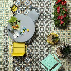 #editorialphotography #editorial #casaliving #까사리빙 #outdoor #exterior #tile #kienho #키엔호 #maiorifurniture #boe #보에 #1202마켓 타일의 힘.. 아웃도어가구와 식물까지.. 익스테리어 제안... #photographer @leejongkeun1 #stylist @living_interior_stylist #editor @gellma322 by gellma322