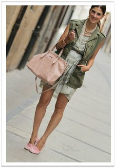 http://media1.chicisimo.com/thumbs/files/2012/07/zara-dark-green-pepper-rose-vests~look-index-middle.jpg