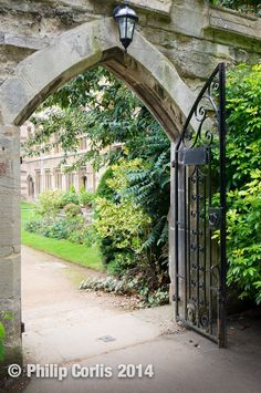What lies beyond: Oxford, England.