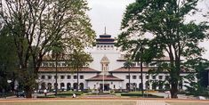 West Java governor's Building, Gedung Sate -> Bandung