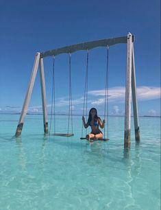 Dream Vacation Spots, Vacation Mood, Vacation Places, Dream Vacations, Honeymoon Places, Beautiful Places To Travel, Cool Places To Visit, Places To Go, Maldives Voyage