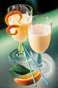 Leckere Buttermilch-Diät-Shakes: Probieren Sie unseren Buttermilch-Shake mit Orangen ...