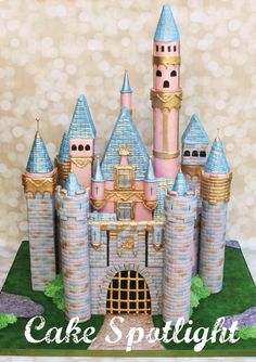 Cake Spotlight http://www.cakemasters.co.uk/product/may-2014-issue/
