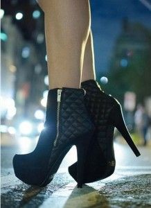 Quilted Craze Platform Stiletto Ankle Booties - Black y'all know how much I love my quilted boots. High Heel Boots, Heeled Boots, Bootie Boots, Shoe Boots, High Heels, Shoes Heels, Pumps, Dream Shoes, Crazy Shoes