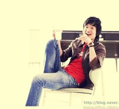 Lee Min Ho with Dunkin Donuts CF 2009
