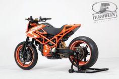 Go Faster: Kodlin Ducati Hypermotard... WICKED.