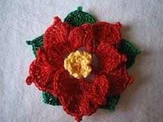 rossimi Christmas Star, Christmas Crafts, Christmas Ornaments, Christmas Patterns, Crochet Christmas, Christmas Inspiration, Crochet Flowers, Crochet Earrings, Halloween