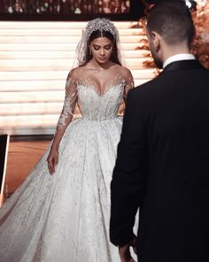 Wedding Dress Trends, Gorgeous Wedding Dress, Wedding Looks, Dream Wedding Dresses, Bridal Dresses, Arabic Wedding Dresses, Weeding Dress, Looks Chic, Lace Weddings