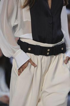 Black and white shirt + loose ivory pants. Chloe.
