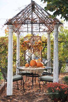 fall table, autumn, decorating ideas, arbor, fall decorating