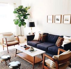 48 most inspirational stunning small living room decor ideas. - 48 most inspirational stunning small living room decor ideas for your home 46 Small Apartment Living, Small Living Rooms, Home Living Room, Living Room Decor, Small Living Room Designs, Small Living Room Layout, Mid Century Modern Living Room, Living Room With Desk, Living Room Layouts