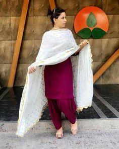 Ideas For Dress Indian Style Color Combinations suit Ideas For . - Ideas For Dress Indian Style Color Combinations suit Ideas For Dress Indian Style Color Combinations Source by - Punjabi Suit For Ladies, Punjabi Suits Party Wear, Punjabi Salwar Suits, Punjabi Dress, Designer Punjabi Suits, Indian Designer Wear, Salwar Kameez, Indian Suits Punjabi, Shalwar Kameez Pakistani